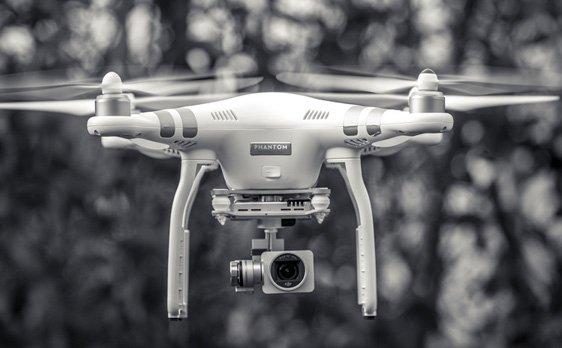 Les drone Kreatic vous garantissent des images de qualité pour votre enreprise à Lille, Roubaix et dans tout le Nord pas-de-Calais